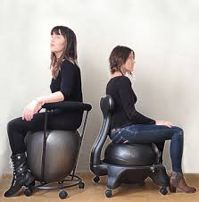 comparison between an egg ball chair to a round ball chair the