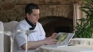 livre cuisine chef etoile cyrille un chef auvergnat au top et toujours 3