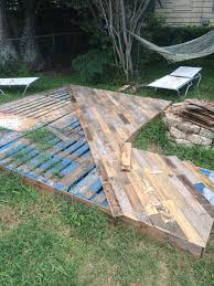 Slope For Paver Patio by Patio Deck Out Of 25 Wooden Pallets Patio Decks Front Porches