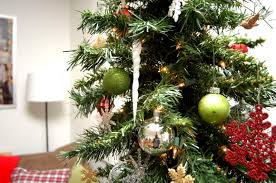 Ideas Decorating Christmas Tree - interior minimalist decorating ideas using christmas trees in