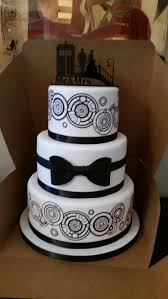 Halloween Themed Wedding Cakes Best 20 Geek Wedding Cakes Ideas On Pinterest Superhero Wedding