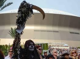 new orleans saints fans in costume