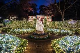 christmas village at bayou bend with santa and his reindeer