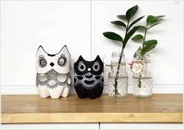 Diy Plastic Bottle Vase Diy Plastic Bottle Owl Vases