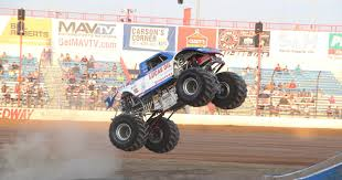 fire trucks monster truck stunt lucas oil speedway 2017 season concludes with monster truck nationals