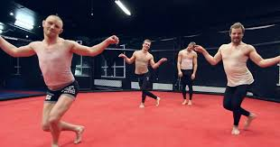 Chandelier Sia Dance Watch Ufc Star Gunnar Nelson Dancing To Sia U0027s U0027 U0027chandelier U0027 U0027 With