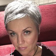 easy to keep hair styles 437 best hair images on pinterest haircut short pixie cuts and