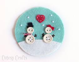 button and felt diy ornaments cutesy crafts