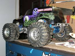 grave digger monster truck rc grave digger nitro 1 8 monster truck rc groups