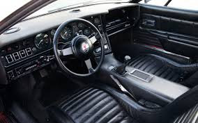 Car Picker Maserati Bora Interior Images