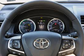 how does the toyota camry hybrid work report 2017 camry hybrid and how toyota can it better