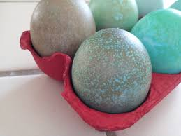 the nifty nest how to dye easter eggs with food coloring
