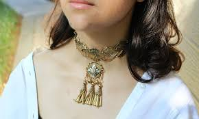 black choker style necklace images What your favorite choker style says about you photos JPG