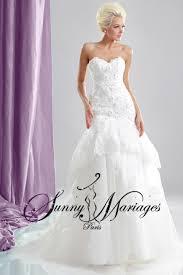 robe de mari e pr s du corps robe de mariee bustier sirene dentelle et bas evasé mariage