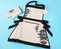 personalized apron and oven mitt set
