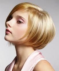 bobbed haircut with shingled npae hair fashion