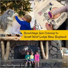 howlidays are coming to great wolf lodge new the vintage