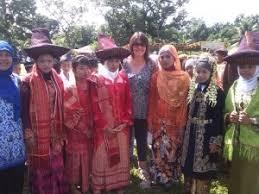 sumatra adventure holidays orangutan treks sumatra tours and