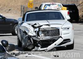 kris jenner mercedes suv kris jenner car crash photos from the updates from