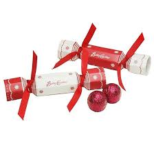 Christmas Cracker Table Decoration by 90 Best Party Crackers Images On Pinterest Christmas Crackers