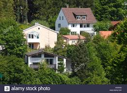 houses on slope stock photos u0026 houses on slope stock images alamy