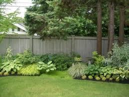 Backyard Fence Decorating Ideas by Amazing Landscaping Along Fence Decoration Ideas Backyard Ideas