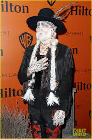 adam lambert gets spooky for halloween 2015 performance photo