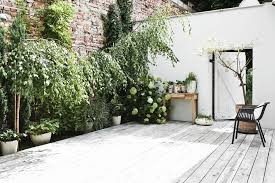 walled garden love hege in france
