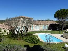 jardin paysager avec piscine propriété avec piscine et terrain paysager à rognes hors normes