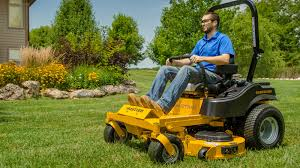 fastrak hustler zero turn riding mowers residential