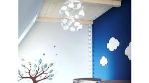 luminaire chambre d enfant lustre chambre d enfant suspension en situation dans une chambre