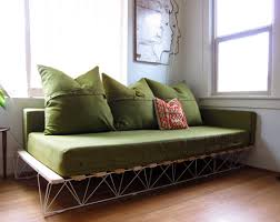 bett als sofa diy this platform sofa was created by genevieve dellinger as a
