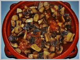 cuisiner cepes frais salade champignons de aux tomates la table de meline