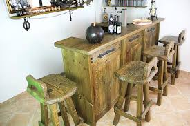 sofa verstellbare rã ckenlehne rustikale barhocker arteriors wooden bar stool antike rustikale