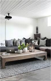deco campagne chic campagne chic moderne table basse bois canapé coussins