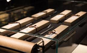 you can now buy high end japanese tanto knives in melbourne