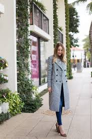 ways to wear short scarf for a more fashionable look what to wear to any job interview tips from women execs glamour
