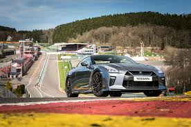 nissan gtr price 2017 2017 nissan gt r starting price jumps to 111 585 automobile