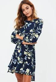 flower dress navy flower print dress missguided
