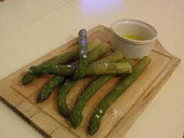 cuisiner asperge verte sauce vinaigrette pour asperges asperges vertes du producteur