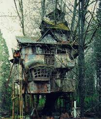 Top 10 Treehouses  Need A PropertyNeed A Property