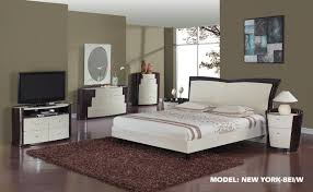 Bedroom Furniture Nyc New York Bedroom Set Two Tone Beige Brown New York Bedroom Global