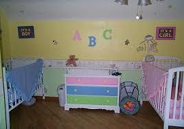 chambre jumeaux fille gar n porte fenetre pour décoration chambre de bébé fille luxe chambre