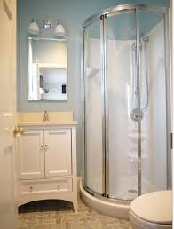 small bathroom ideas with shower stall best 20 small bathroom showers ideas on small master