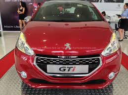 peugeot 208 red all new peugeot 208 gti test drive story carreviewsncare com