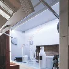 eclairage meuble de cuisine l éclairage led dans votre cuisine accessoires de cuisines