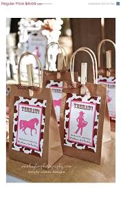 Horseshoe Party Favors 60 Best Cowgirl Party Cowgirl Feest Images On Pinterest