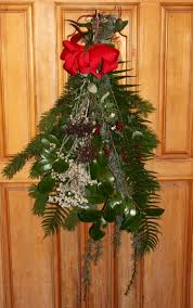 Christmas Decorations From Your Garden by Make Holiday Decorations From Plants In Your Garden Oregon State