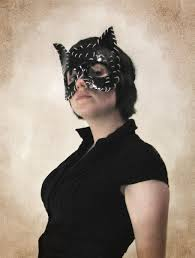 hand crafted leather catwoman mask by masquerades and bonesaws