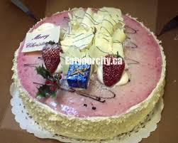 Wedding Cake Edmonton Eat Your City La Favorite Pastry Shop Edmonton Ab Tasty Moist